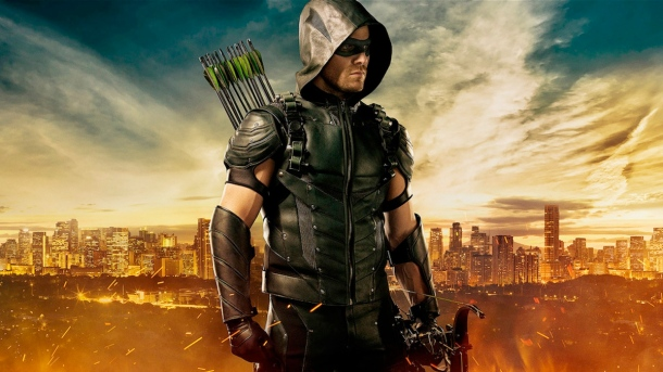 Stephen-Amell-as-Green-Arrow-in-Season-4.jpg